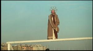 San Pietro sulla traversa Fantozzi calcio