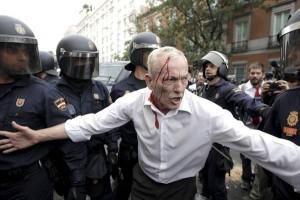 Scontri a Madrid manifestazione ocupa el congreso 2012 25 settembre