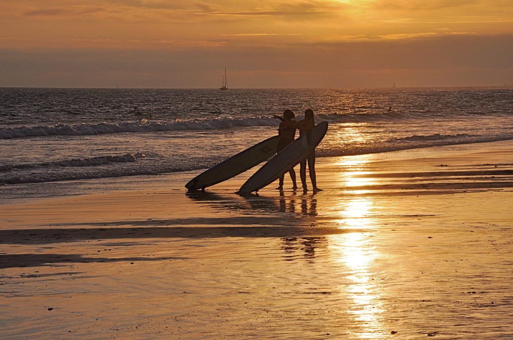 Chunga Baby Love, cosa hanno di diverso il deserto e l'oceano surf lisboa oceano