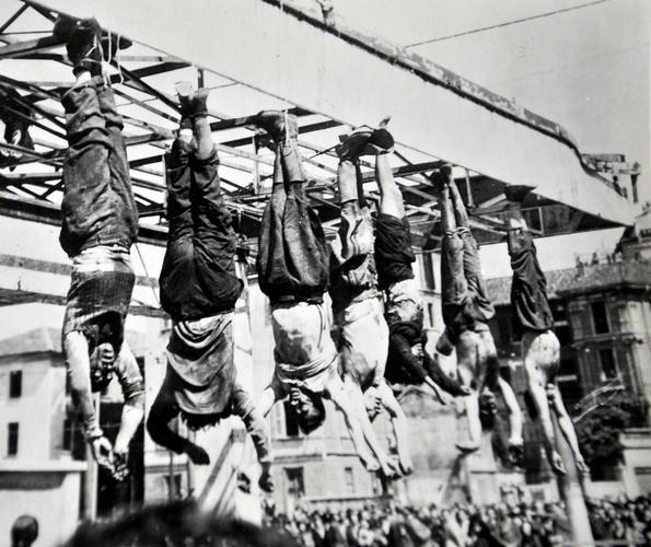 1945 Piazzale Loreto