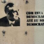 25 lisboa graffiti - italiani a lisbona - foto